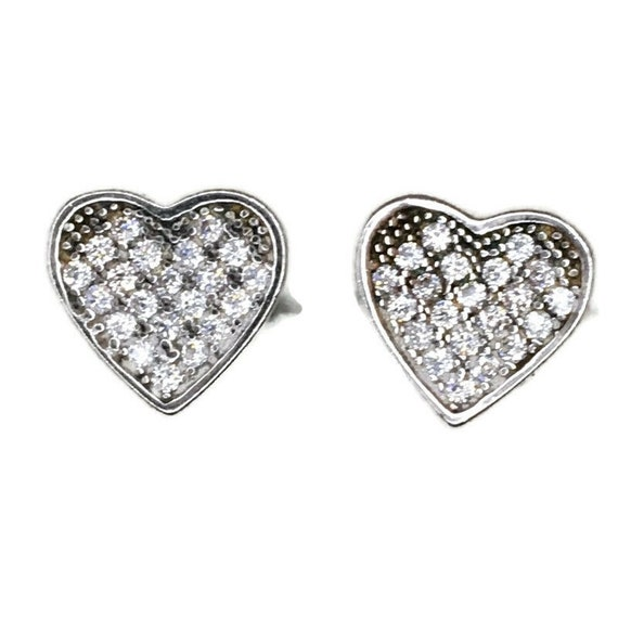 Brand New white gold on 925 Silver Studs Earrings Cute Heart shape with white round CZ ( 9 . 0 mm )