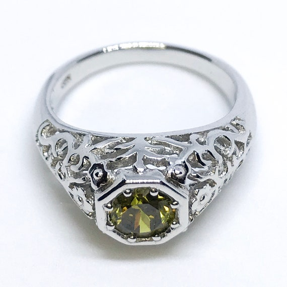 NEW 14K White Gold Layered On Sterling Silver Hexagon Lime Green Shaped Stone Ring