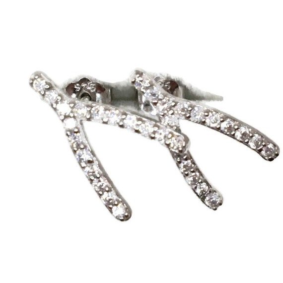 Brand New white gold on 925 Silver Studs Earrings Y-shape with white round CZ ( 8 . 0 mm )