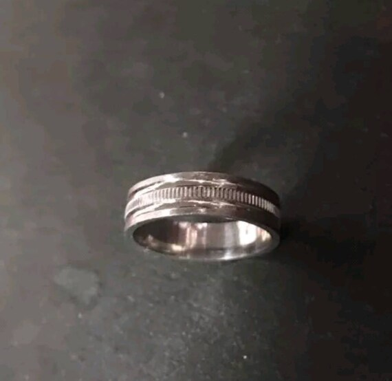 14k White Gold Layer On Sterling Silver Wedding Edged Design ring Band 5mm S7