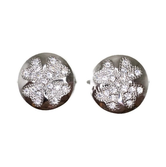 Brand New white gold on 925 Silver Studs Earrings Four Leaf Clover on circle with white round CZ ( 10 . 9 mm )