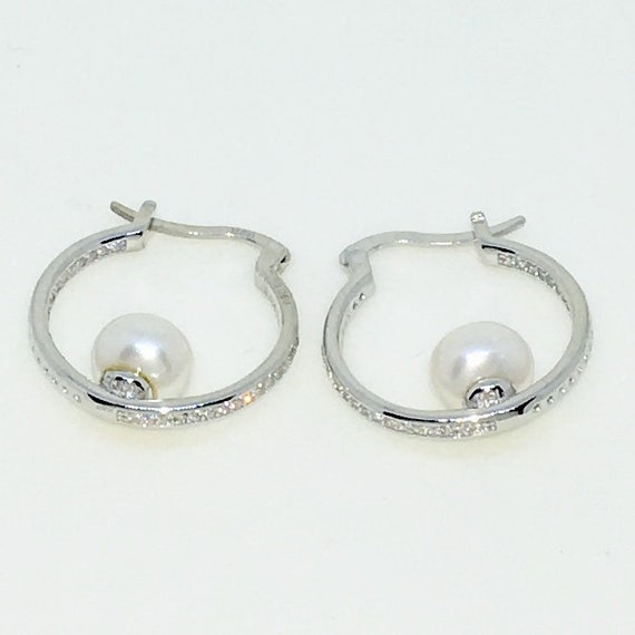 14k White Gold Layered with CZ and Pearl on 925 Solid Sterling Silver Hoop Earrings ( 20 . 0 mm )