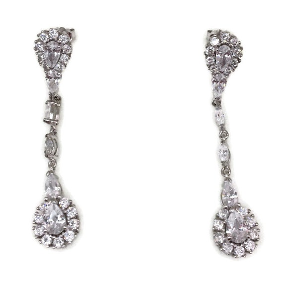 White gold on Silver dangle drop Earrings hanging teardrop white CZ