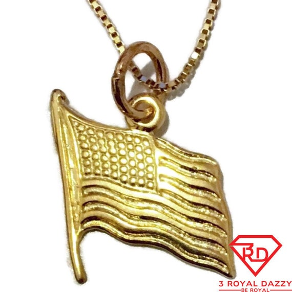 Brand New Yellow Gold on 925 Sterling Silver Pendant Small Flag of America with free chain ( 12 . 9 mm )