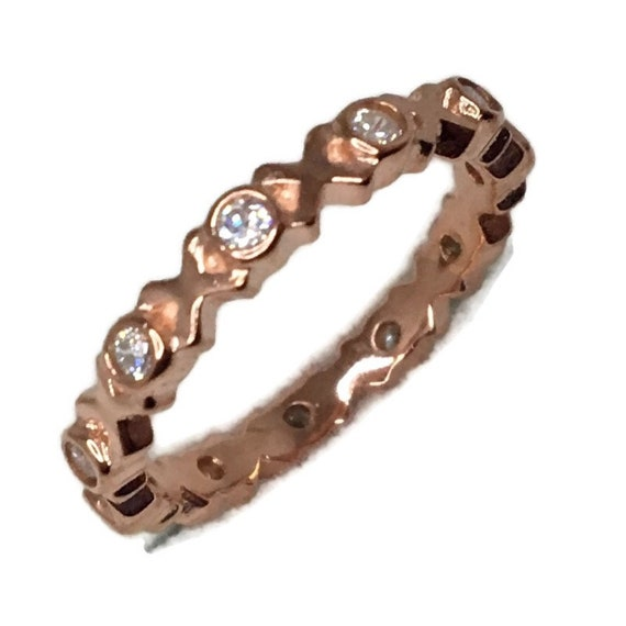Brand New Rose Gold on 925 Sterling Silver XOXO Eternal Ring Band round white cz ( size 7 )