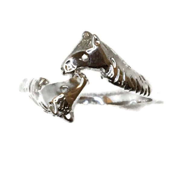 Brand New White Gold on 925 Sterling Silver Ring Band pair of Horse ( size 8 )