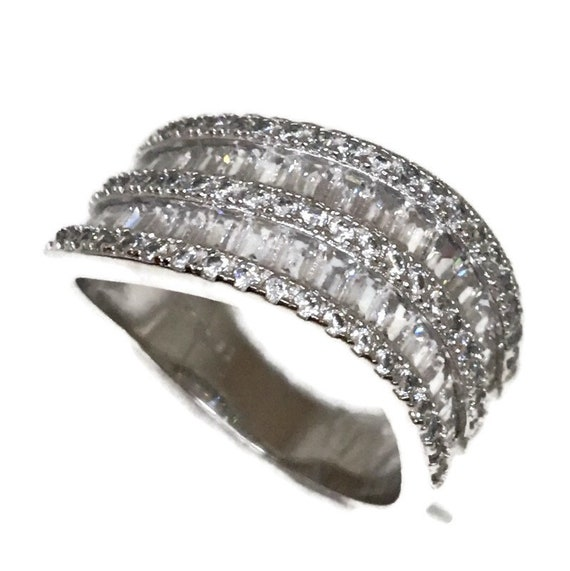 Brand New White Gold on 925 Sterling Silver Ring Two Curvy rows of Emerald white CZ ( size 8 )