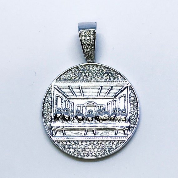 NEW 14K White Gold Layered on .925 Sterling Silver cz Unique Circle Plate Pendant