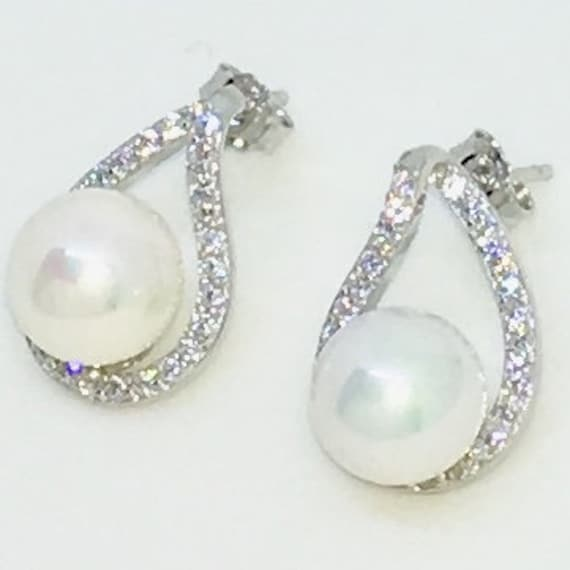 14k White Gold Layered Water drop shaped CZ with Pearl on 925 Solid Sterling Silver Stud Earrings ( 11 . 1 mm )