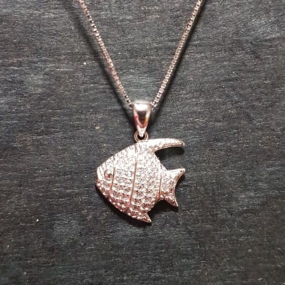 New 14k white gold on 925 cute child tropical fish pendant charm with free chain