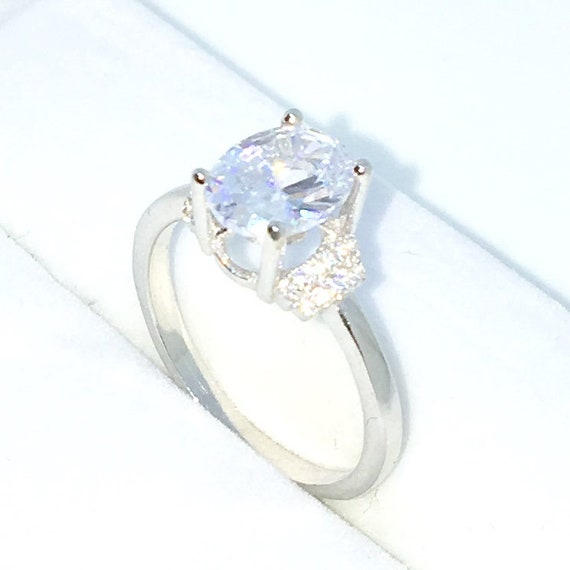New Handcraft White Gold Plated on Sterling Silver engagement ring band with 4 prong large white oval CZ