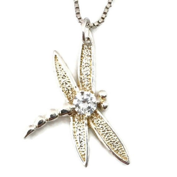 Brand New White Gold on 925 Sterling Silver Pendant cute dragon fly with free chain ( 17 . 1 mm )