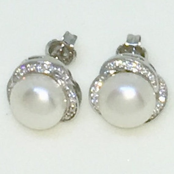 14k White Gold Layered Rose shaped CZ with Pearl on 925 Solid Sterling Silver Stud Earrings ( 11 . 7 mm )