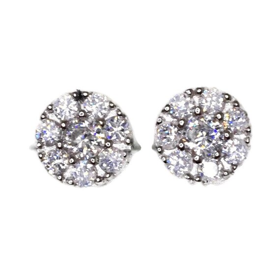 Brand New white gold on 925 Silver Studs Earrings Circle design with Eight white round CZ ( 9 . 3 mm )