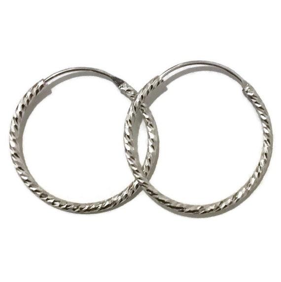 Brand New white gold on Silver Earrings Hoop diamond cut style ( 27 . 5 mm )