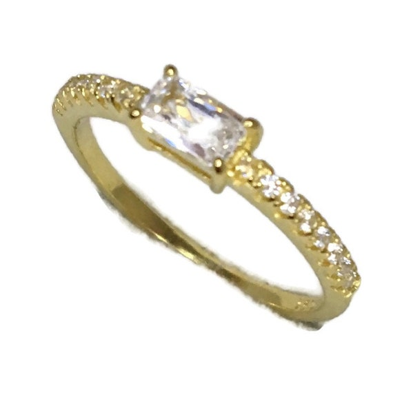 Brand New Yellow Gold on 925 Sterling Silver thin Ring Band Emerald White CZ and small round white cz ( size 6 )