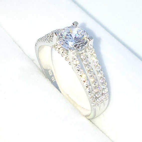 New Handcraft White Gold Plated on Sterling Silver engagement ring band with triple layers CZ and 4 prong white round CZ