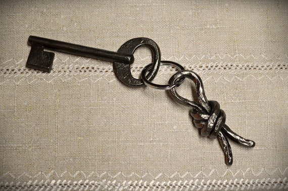 blacksmith made Hand forged iron chain keychain iron gift