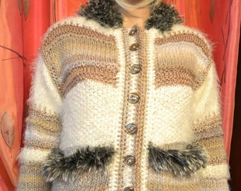 jacket beige spencer and Mole fur and rhinestones
