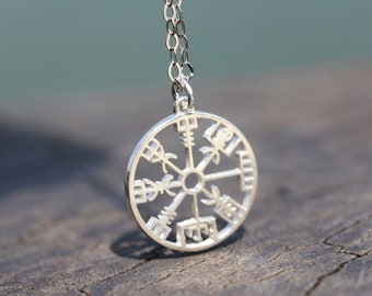 4cdb9157d7b18 925 sterling silver Vegvisir necklace