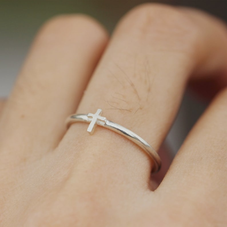 Cross ring,sterling silver cross ring,Sideway cross ring,Minimalist  ring,Christian Rings,Religious Jewelry,Sign Ring,Midi ring