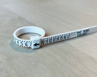 Multisizer, ring sizer, adjustable ring sizer, US ring sizer.