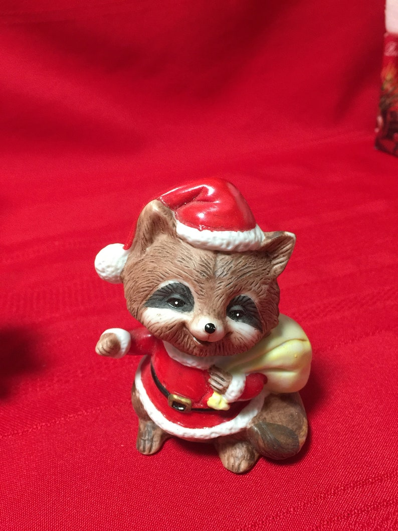 Collectible Homco 5611 3 Figurines of Raccoons in Santa Suits
