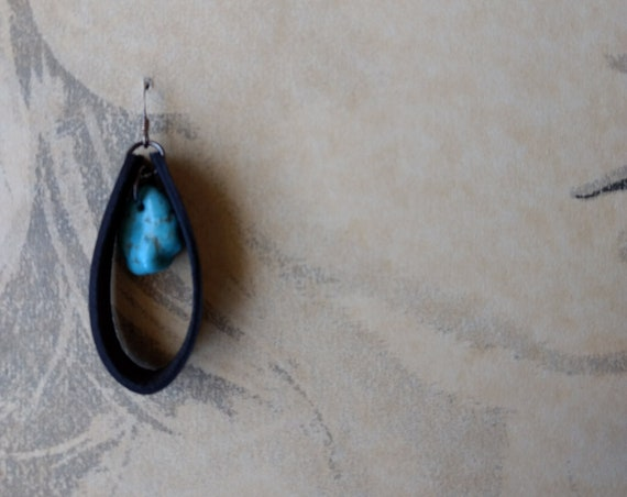 Simple Leather and Tumbled Stone Dangle Earrings
