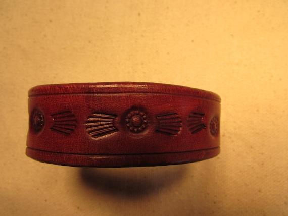 "0.75"" Hand Tooled Leather Bracelet"