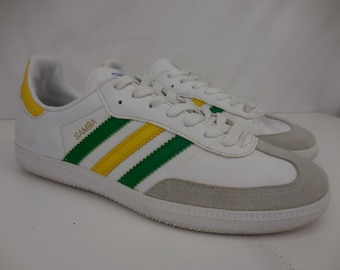 bf15adcc39a Vintage Adidas SAMBA White Leather Suede Green Yellow Gold Oregon Ducks  Soccer Turf Indoor Shoes Womens 6.5 G16224
