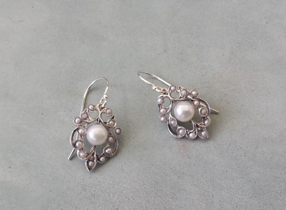 seed and solid silver Rain pearl earrings