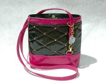 Vegan Handbag Hot Pink Handbag Gift for her Crossbody Bag Glitter Bag Vinyl Bag Hot Pink Bag Vegan Bag Faux Leather handbag Black Handbag