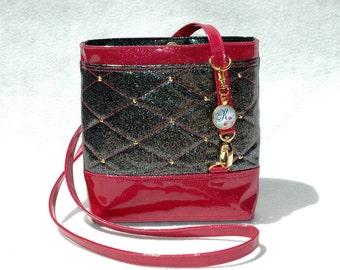 Vegan Handbag Fuchsia Bag Gift For her Crossbody Bag Glitter Bag Vinyl Bag Pink Bag Fuchsia Bag Vegan Bag Faux Leather Bag Black Handbag