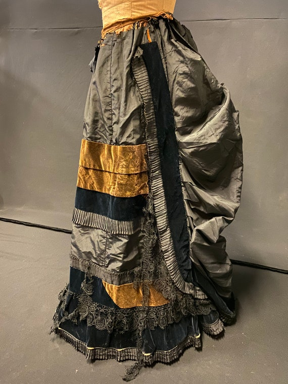 1870's Victorian American Handmade Bustle Skirt