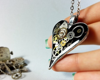 Black Steampunk Heart Pendant Heart Necklace Eco FRIENDLY Resin Vintage Watch Parts Clockwork Necklace Upcycled Industrial Steampunk Jewelry