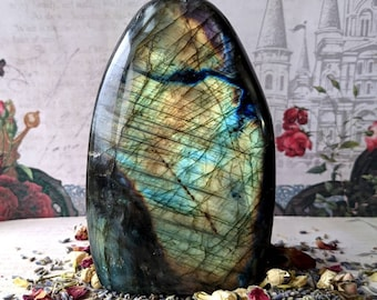 LABRADORITE - Freeform - 121 mm, 827 grams - Rainbow Flash - Specimen Crystal - Gemstone - Flashy Labradorite