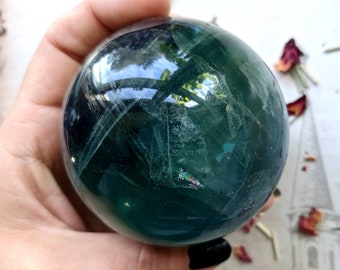 RAINBOW FLUORITE - 72 mm, 631 grams - Crystal Ball, Scrying Sphere - With Rainbows