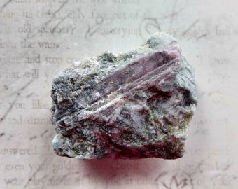 RUBELLITE PINK TOURMALINE - Rough - Reiki Healing - Altar Decoration - Love, Grounding, Peace - Crystal Healing