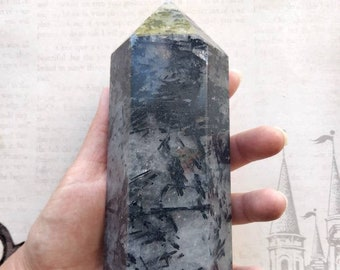 "BLACK TOURMALINE - Polished Obelisk - 1003 grams, 7"" high - Root Chakra -  Protection, Blocking Negativity - Meditation, Spirituality"