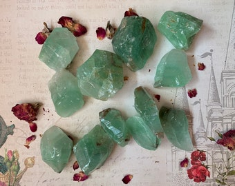 GREEN CALCITE - Rough - Specimen Stone - Chakra Crystal - Manifestation, Balance, Banishing - Altar Decoration