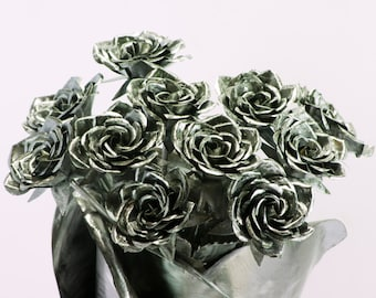11th anniversary gift idea Perfect traditional gift idea eleventh 11 eleven roses metal art sculpture love rose marriage anniversaries decor