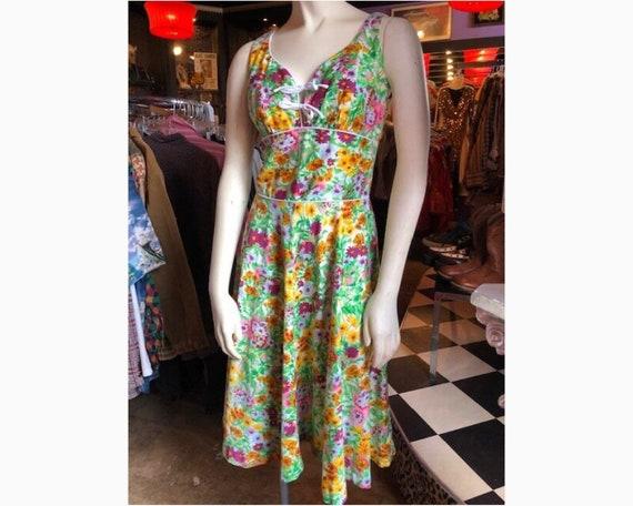50s  Vintage Floral Full Skirt Summer Dress