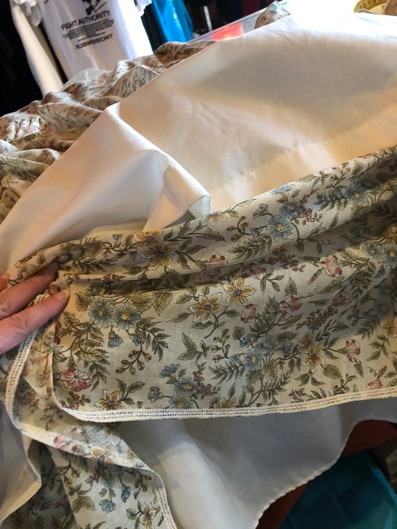 Vintage 70s Prairie Dress - Handmade Floral and L… - image 7