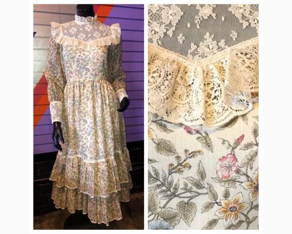 Vintage 70s Prairie Dress - Handmade Floral and L… - image 1