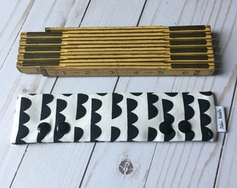 Bumpy Road or Cloudy Sky Needle Cozy-Various Sizes
