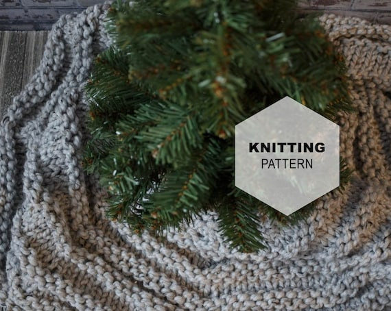 Knitting Pattern Christmas Tree Skirt Knit Chunky Stitch The Celeste Tree Skirt