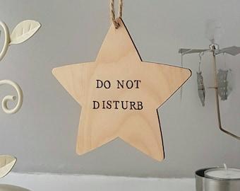 DO NOT DISTURB door sign star shape