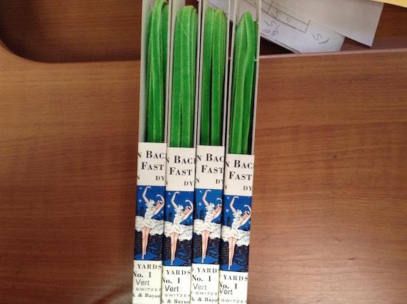 "10 Yards 5//8/"" Vert Green FRENCH Antique Vintage Silk Rayon Velvet Ribbon"