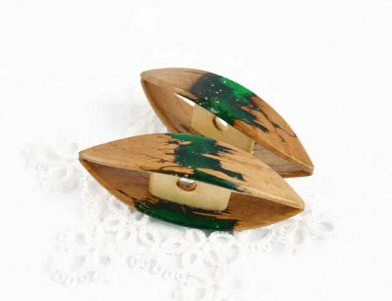 green epoxy Shuttle Wood Tatting Shuttle Handmade of  oak wood
