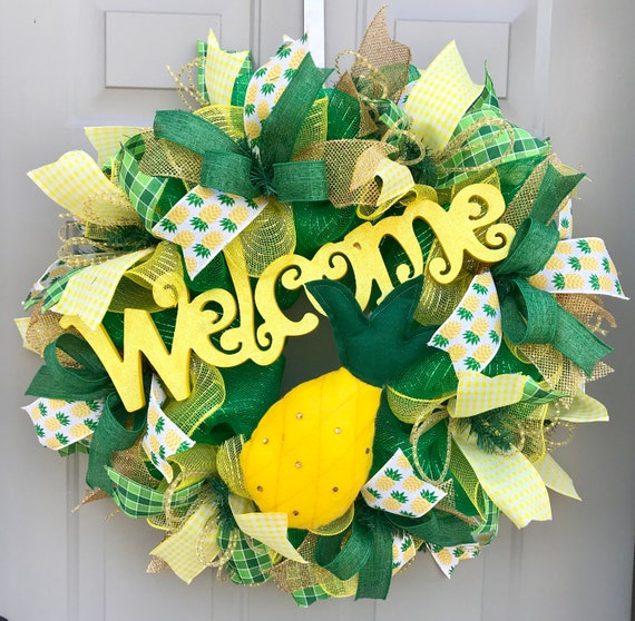 a24fd289a Welcome Pineapple Summer Deco Mesh Wreath Welcome Wreath